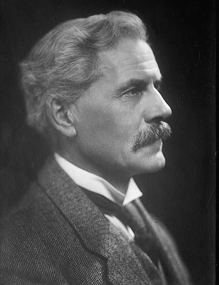 james ramsay macdonlad James ramsay macdonald, frs was a british statesman who was the first  labour party politician to become prime minister, leading minority labour.